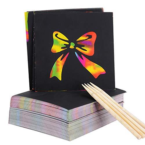 200 Blätter Kratzbilder (85x85mm) Kratzpapier Malerei zum Zeichnen und Basteln mit 4 Holzstiften als Mitgebsel und Geschenk Geburtstag für Kinder DIY Einschulung Schulanfang