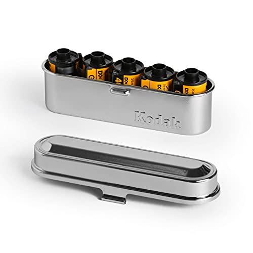 KODAK フィルムケース - 35mmフィルム5ロール用 - コンパクトレトロスチールケース フィルムロールの仕分けと保護に (シルバートップ/シルバーボディ)