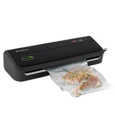 FoodSaver FM2000 Vacuum Sealer System with Starter Bags & Rolls, Black