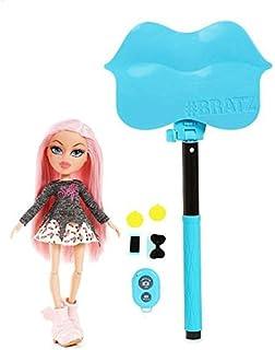 Bratz Selfie Stick with Doll- Cloe