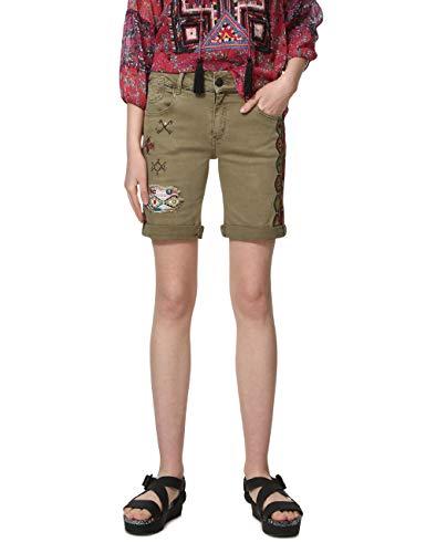 Desigual Damen Knee Trousers ESSAUIRA Woman Green Shorts, Grün (Caqui 4002), W32(Herstellergröße: 40)