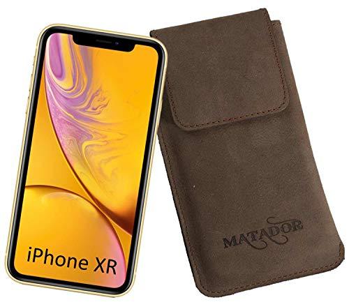 MATADOR Vertikal Tasche Gürtelschlaufe kompatibel mit Apple iPhone XR/11/12/12 PRO Lederhülle Schutzhülle Magnetverschluss Ausziehhilfe (Tabacco Braun)