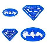 Smartfox 4tlg. Ausstecherset Ausstechformen im Batman- und Superman-Design aus Kunststoff in verschiedenen Größen