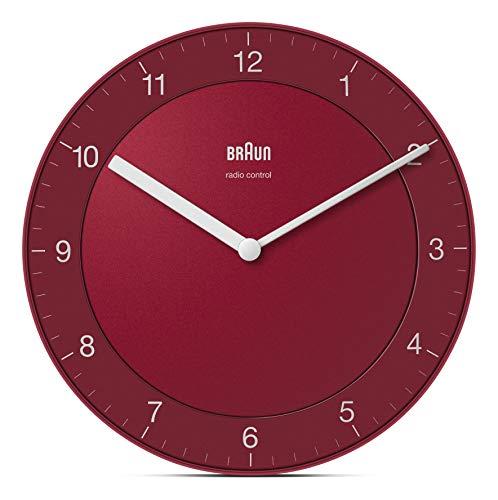 Braun Klassische Funkwanduhr Mitteleuropäische Zeitzone (MEZ/GMT+1) mit ruhigem Uhrwerk, leicht lesbarem Zifferblatt mit 20cm Durchmesser in Rot, Modell BC06R-DCF.