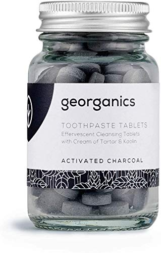 Georganics – Pastiglie di Dentifricio Biologico - Pastiglie Naturalmente Effervescenti con Argilla di Caolino - Vegan, senza SLS, Test Sugli Animali e Fluoro - Carbone Attivo - 120 Tablets