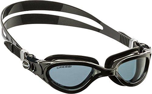 Cressi Flash - Premium Erwachsene Schwimmbrille Antibeschlag und 100% UV Schutz, Schwarz/Grau - Geräucherte Linsen, One Size