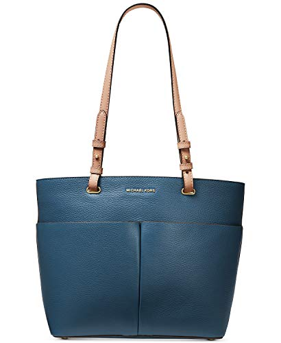 Dark Chambray pebble embossed leather. Top-zip closure. Exterior: Signature logo hardware detail at front ; Gold-tone hardware ; 2 back slip pockets and 2 front slip pockets. Interior: Zip pocket, back slip pocket and 6 front slip pockets, key clasp ...