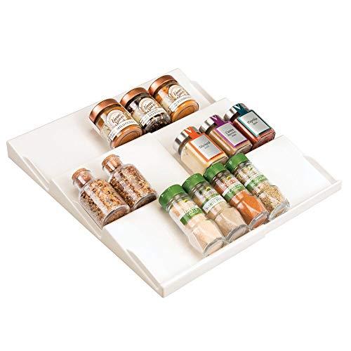 mDesign Gewürzhalter für Schubladen – auf 36,8 cm ausziehbares Gewürzregal von 20 cm bis 36,8 cm – Schubladeneinsatz mit drei Ebenen – cremefarben