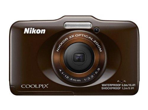 Nikon Coolpix S31 Digitalkamera (10 Megapixel, 3-fach opt. Zoom, 6,9 cm (2,7 Zoll) LCD-Display, bis 5m wasserdicht) schokolade