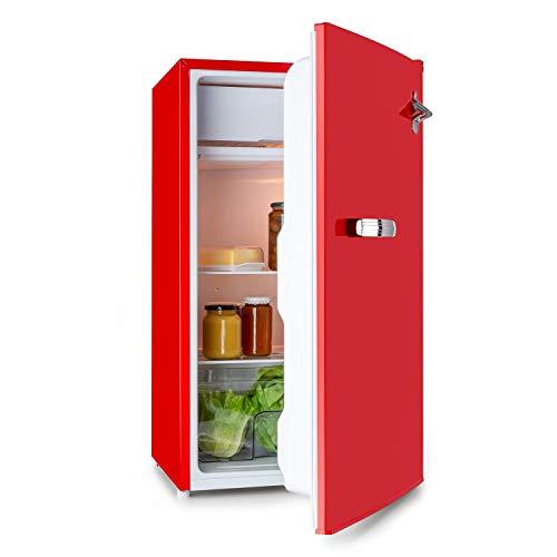 Klarstein Beercracker 90L – Nevera de 90 litros, eficiencia energética de clase A+, incluye congelador, cajón para verduras, 3 compartimentos en la puerta, abrebotellas, 2 baldas de vidrio, rojo