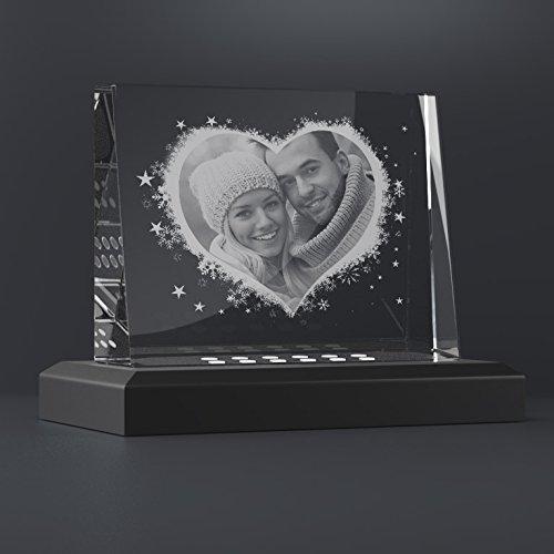 Personello® Glasfoto mit Foto in Herz graviert, originelles Fotogeschenk, Größe M=105x80x30mm, mit LED Leuchtsockel