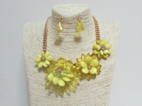 Pretty Yellow Flowers Jewelry Set