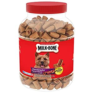 Milk-Bone MaroSnacks Dog Treats for Dogs of All Sizes, Bacon Flavor, 40 Ounce Jar (Pack of 2)