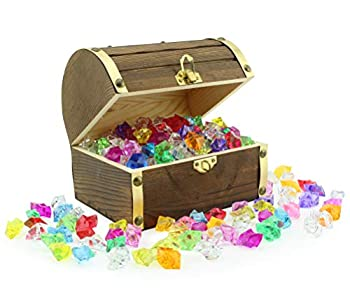 """Wooden Pirate Treasure Chest with 240 Colored """"Jewels""""  Plastic Gems   6"""" x 4.5"""" x 5"""" Antique Style Wood Box with Brass Accents  1 Lb Acrylic Gemstones"""