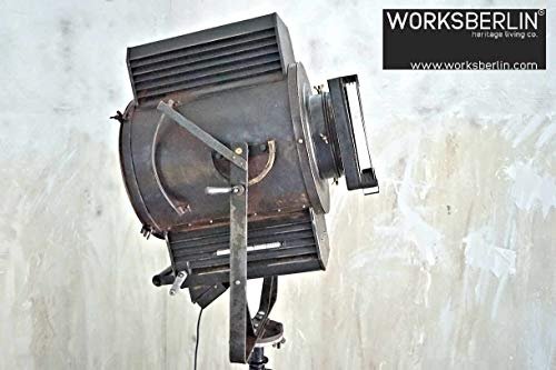 Restaurierte, beeindruckender Filmscheinwerfer Theatereuchte Retro Stehleuchte Stehlampe alt vintage
