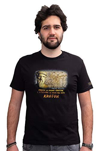 KROTON T Shirt Pitagora, in Tessuto Morbido di qualità per Abbigliamento Comodo da Indossare. Tessuto 100% Cotone Made in Italy. vestibilità Fit. (XXL Uomo Dim Larghezza 54,5 Lunghezza 77)