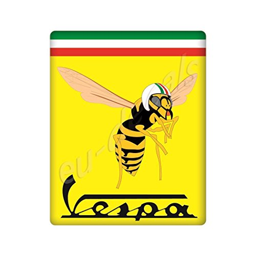MioVespa Collection 3D-Aufkleber, gewölbt, für die Vorderseite (horncasting) Abzeichen Ihrer Vespa, mit Mio Vespa Logo auf gelber und italienischer Flagge