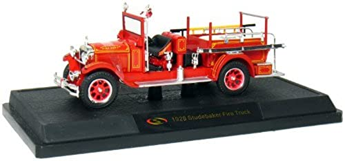 1928 Studebaker Fire Engine 1 32 Scale (rouge) by Signature Models