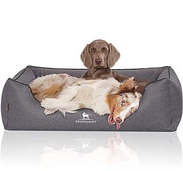 Das formstabile Hundebett besitzt einen Orthopädischen Kern, was ein Gelenk- und wirbelsäulenschonendes Schlafen ermöglicht Das Hundebett besteht aus einem sehr robustem Velours Material Abnehmbarer Bezug, waschbar bei 30 Grad ÖKO-TEX Standart 120 Se...