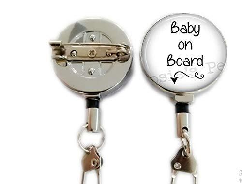 Baby on Board Anhänger Halskette – werdende Mutter Schmuck – werdende Mutter – schwangere Schmuck – einziehbarer Ausweishalter mit Karabinerhaken zum Anklippen an Ausweiskarten