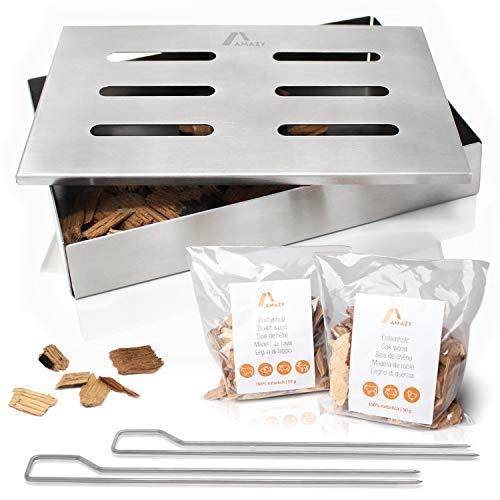 Amazy Edelstahl Räucherbox inkl. 2 Grillspieße und 2 Sorten Räucherchips (Buche & Eiche) – Die spülmaschinenfeste Smokerbox verleiht Ihrem Fisch oder Steak das traditionelle American BBQ Raucharoma