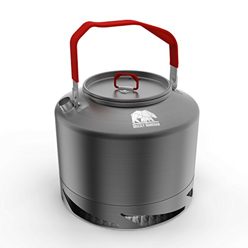 Grizzly Guardian® CAMPING/FISHING KETTLE, duurzaam, 1,5L Geanodiseerd Aluminium Quick Heat Up Camping Kettle, 30% Efficiënter dan conventionele ketels, eenvoudig gieten, eenvoudig vullen en gemakkelijk schoon te maken.