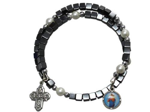 Armspange HämatitWürfel mit Perlen und Anhänger6 cm