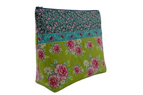 Lilli Löwenherz handgemachte Kulturtasche Wickeltasche Rosy Green