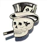 Abzeichen Pin Brosche - Rauchend Totenkopf mit hut und Pik-Ass hut karte- hochwertig Metall und Emaille – Ungefähre Größe: 25 mm x 13 mm