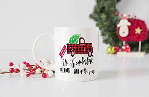 Lplpol Taza de café con texto en inglés 'It's the Most Wonderful Time of The Year', diseño de camión a cuadros, taza de Navidad, 325 ml