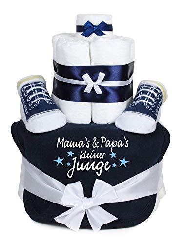 Trend Mama Windeltorte blau Junge im Geschenkkarton -Babysocken und cool bedrucktes Lätzchen- Mama\'s & Papa\'s kleiner Junge-