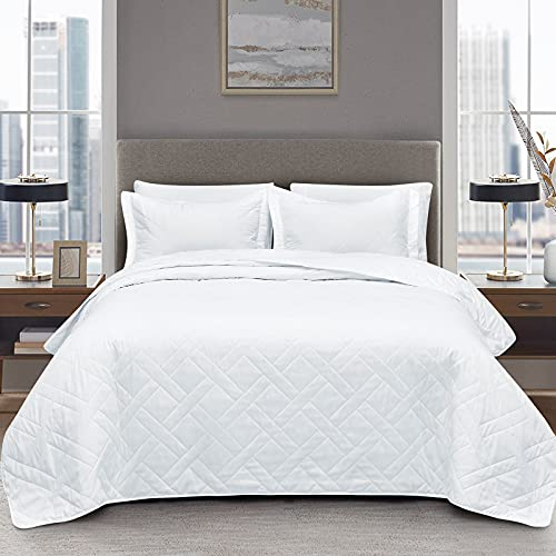 CozyLux Quilt Set Size Soft Microfiber Lightweight Coverlet and Squares Pattern Bedspread for All Season