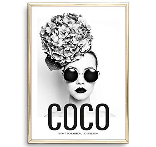 Tales by Jen Kunstdruck, Sprüche Poster: Coco - I don't do fashion, I am fashion | Stilvolles Premium Poster auf hochwertigem Papier | Moderne Wand Deko, Schwarz Weiß Home Interior | Ohne Bilderrahmen