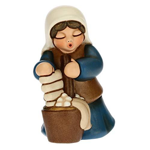 THUN - Statuina Presepe Lavandaia - Decorazioni Natale Casa - Linea Presepe Classico, Variante Blu - Ceramica - 5,5 x 5,8 x 8 h cm
