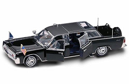 Road Signature 1961 Lincoln X-100 Quick Fix Limo, Black 24078 - 1/24 Scale Diecast Model Toy Car
