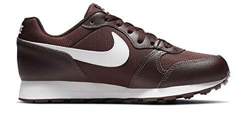 Nike MD Runner 2 PE, Zapatillas de Marcha Nórdica Unisex Niños, Morado (El Dorado/White 200), 40 EU