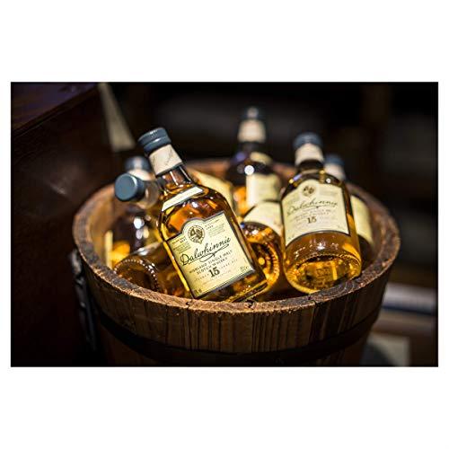Dalwhinnie Highland Single Malt Scotch Whisky - 15 Jahre gereift - Aromen von Heidekraut und Honig - 1 x 0,7l - 5
