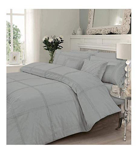 Sleep&Snuggle Hamlet Pintucks Style Luxurious Duvet Cover Sets Quilt Cover Sets, Super Soft Poly-Cotton Bedding Sets with Pillowcases All UK Sizes (Silver, King)