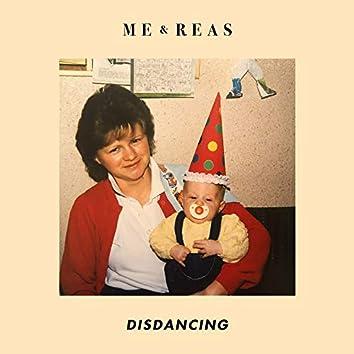 Disdancing