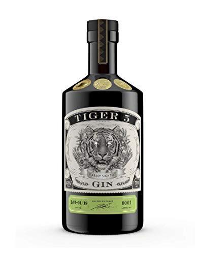 Tiger 5 Small Batch Gin (1 x 0,7 l) - 43% - Harmonischer Gin mit Wacholder, schwarze Johannisbeere, Grapefruit - Handcrafted Gin aus Südafrika - SA Craft Gin Awards Gold