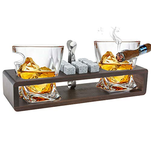 Bezrat Old Fashioned Cigar Whiskey Glasses With Side Mounted Cigar Rest Gift Set + Whisky Chilling Stones and accessories on Wooden Tray - Scotch Bourbon Glasses – Christmas Holiday Gift