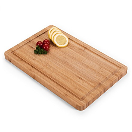 Blumtal Tagliere da Cucina Professionale, in Legno Bamboo Naturale, Scanalatura Anti-Gocciolamento, Antibatterico (Piccolo)