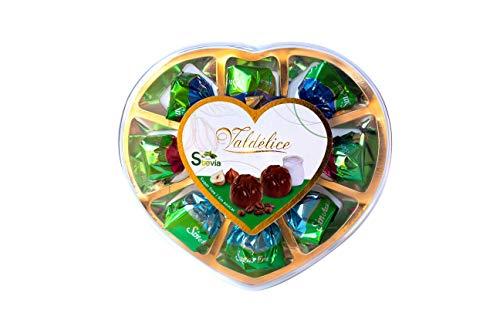 Estuche en forma de corazón con bombones de chocolate rellenos con Stevia y sin azúcares añadidos
