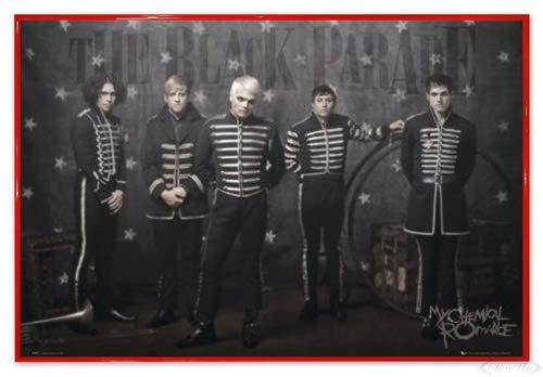 Close Up My Chemical Romance Poster (63,5x94 cm) gerahmt in: Rahmen rot
