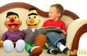 Riesen Sesamstraße Original Ernie und Bert Figuren Kindergröße die wunderschöne Überraschung Spielgefährten für die Kids TV Originale United Labels