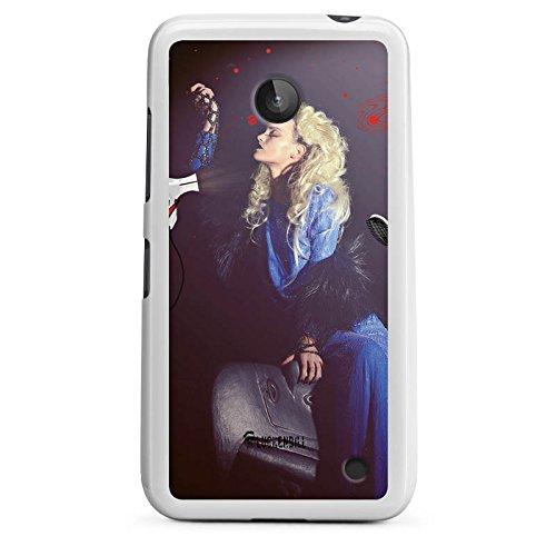DeinDesign Nokia Lumia 630 Hülle Silikon Case Schutz Cover Frau Föhn Kamm