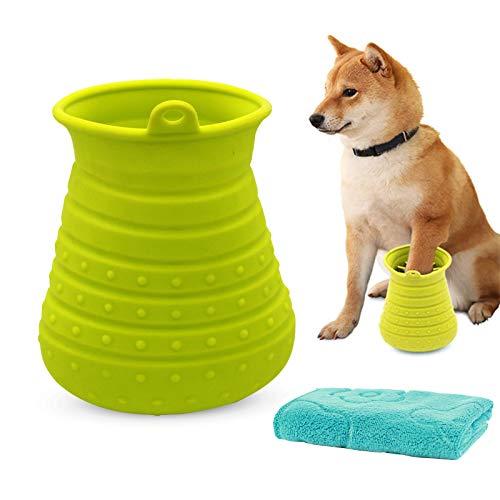 Olymajy Limpiador De Pata De Mascota, Limpiador De Patas De Perro, Taza limpiadora de Silicona para Patas de Mascotas con Toalla, Taza para Lavar pies de Perro y Cepillo de Piel 2 en 1(Verde)