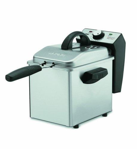 Waring WDF75RC 8.5 lb. Commercial Countertop Deep Fryer 120V