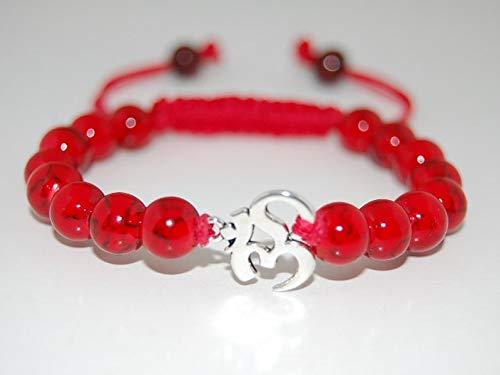 Coral rojo natural cuentas lisas de forma redonda de 8 mm enhebradas con hilo de color rojo con pulsera de shamballa aum charm para hombres y mujeres. Regalo para él / ella, curación, prosperidad.