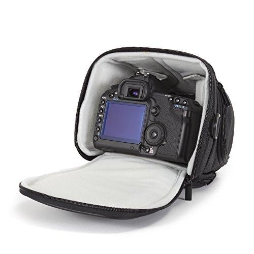 Panasonic Lumix DC-FZ82 Bridgekamera (18 Megapixel, 20 mm Weitwinkel, 60x Opt. Zoom, 4K30p Videoaufname, Hybrid Kontrast AF) schwarz & Amazon Basics SLR-Schultertasche (schwarz)